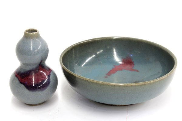 4020: Two Chinese Jun-type Bowl and Double Gourd Bottle