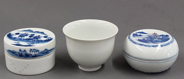 Chinese Blue-and-White Porcelain Boxes and Cup