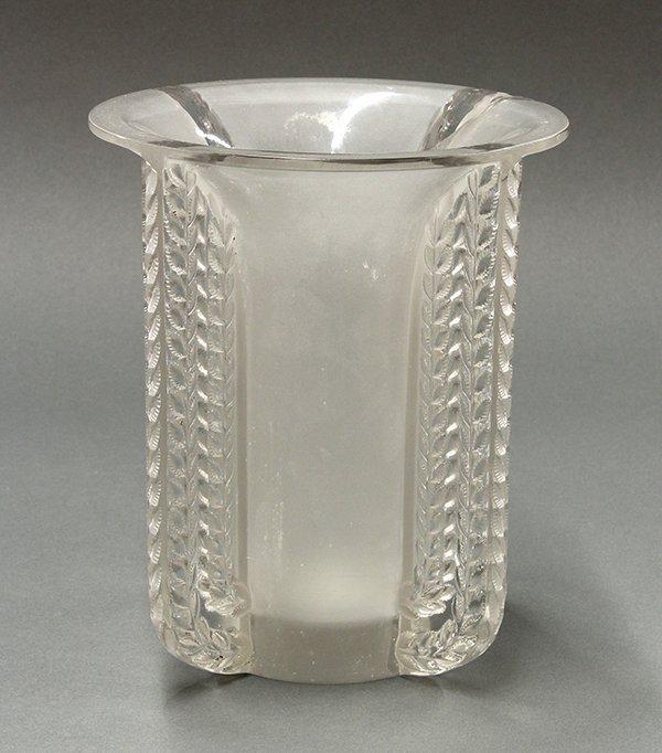 Lalique Marignane vase