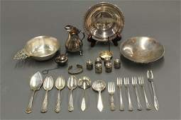 Tiffany  Company sterling silver Faneuil pattern 19