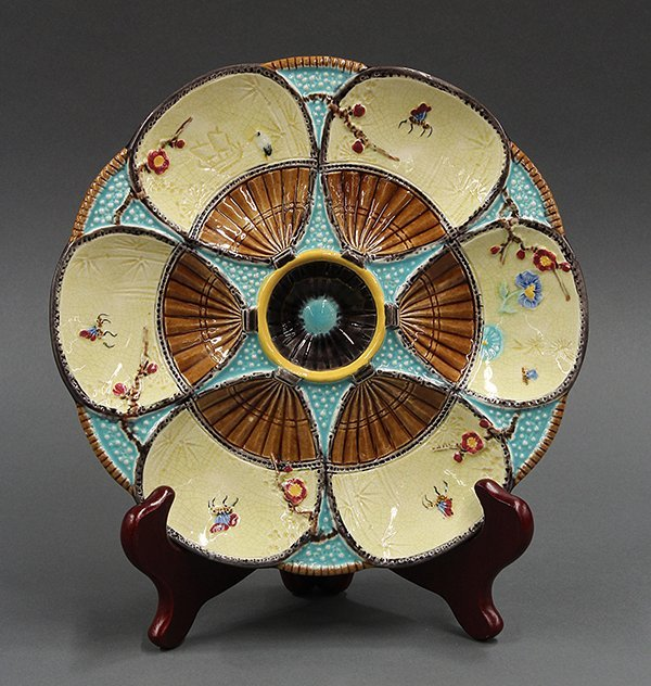 Fielding majolica fan and insect oyster plate in the Ae