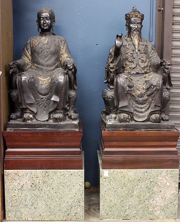 Chinese Large Bronze Emperor/Empress