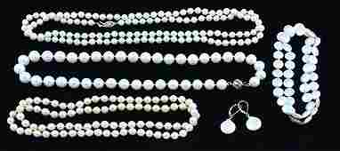 Collection of cultured pearl jewelry items necklaces