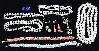 Cultured pearl jewelry miscellaneous gold items