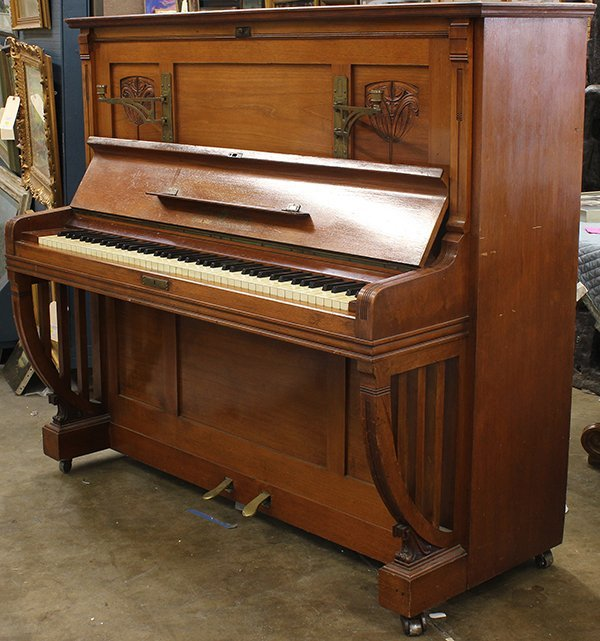 Ritter Halle upright piano,