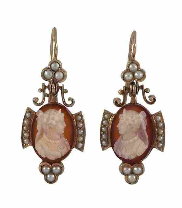 Victorian hardstone cameo yellow gold suite