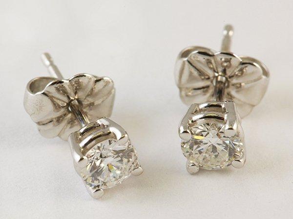 Pair of diamond white gold stud earrings