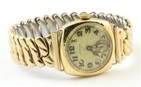 Longines 18k yellow gold wristwatch, Circa 1925