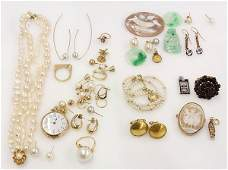 Collection of miscellaneous gem and gold jewelry
