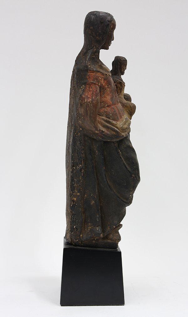 Continental carved wood Santos figure of Madonna and - 2