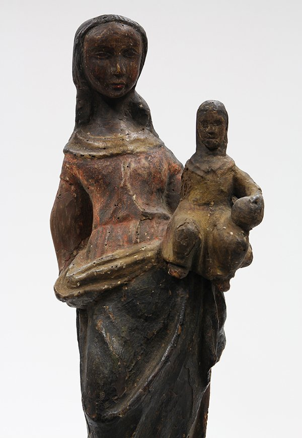 Continental carved wood Santos figure of Madonna and - 4