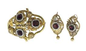 Early Victorian garnet pearl and 14k yellow gold