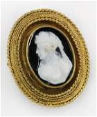 Victorian hardstone cameo and 18k yellow gold