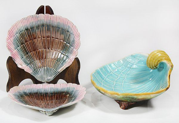 (lot of 3) English majolica group, consisting of two