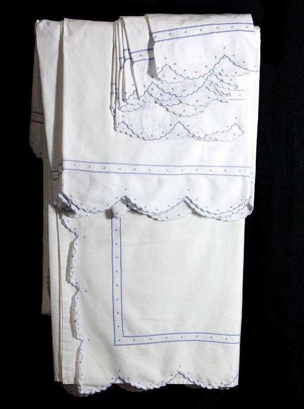 (lot of 9) Schweitzer Linen fine Italian bed linens