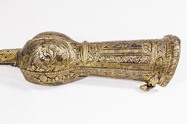 Indian Pata or gauntlet sword - 2