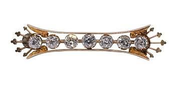 Victorian diamond and 14k yellow gold bar brooch