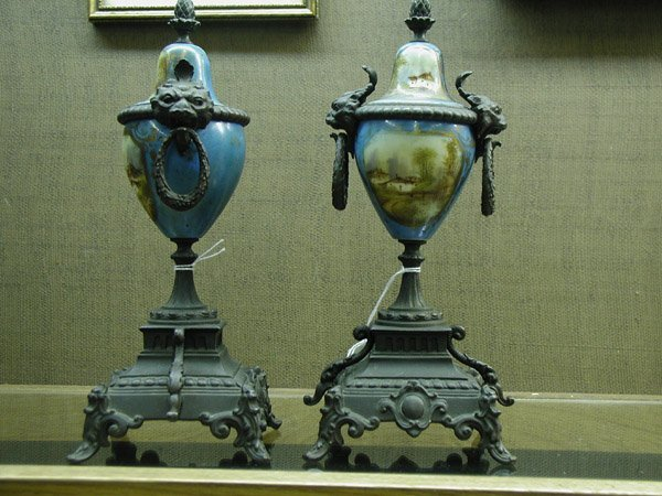2006: Pair porcelain urns circa 1900