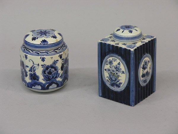 6021: 2 Delft blue & white tea caddies