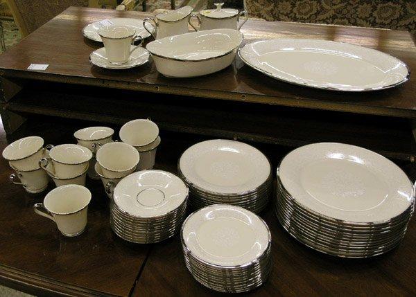 4193: Lenox Moonspun dinner service