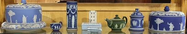 lot of 9 Group of Wedgwood table articles including