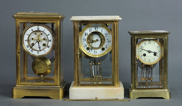 (lot of 3) Mantle clocks, including one with a molded