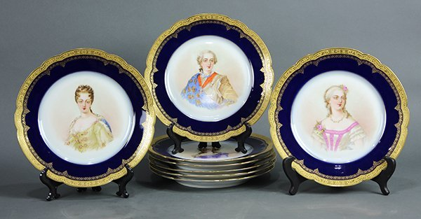 (Lot of 8) Sevres style cabinet plates, each having a