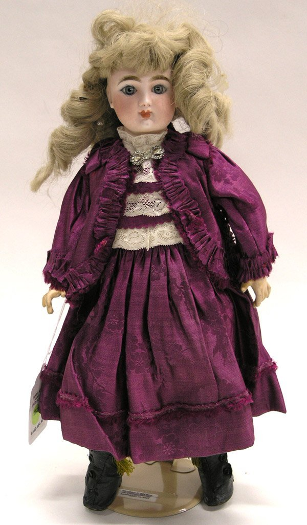 1822: French FG bisque head doll