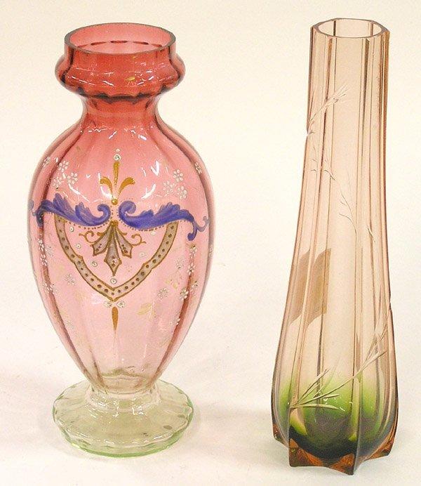 4011: Two rubina vases