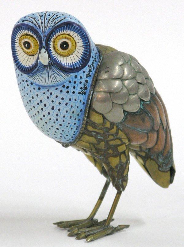 2016: Owl figurine, Bustamante