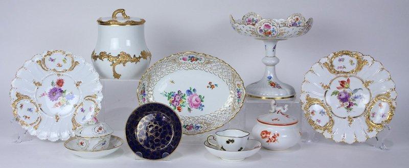 (lot of 10) Meissen porcelain table articles including