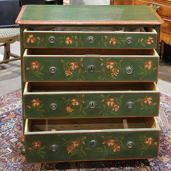 American green painted pine chest of drawers, 19th - 2