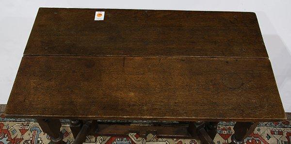 English oak gate leg table, 18th century, having a - 4
