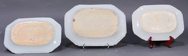 Three Chinese Blue and White Export Platters - 2