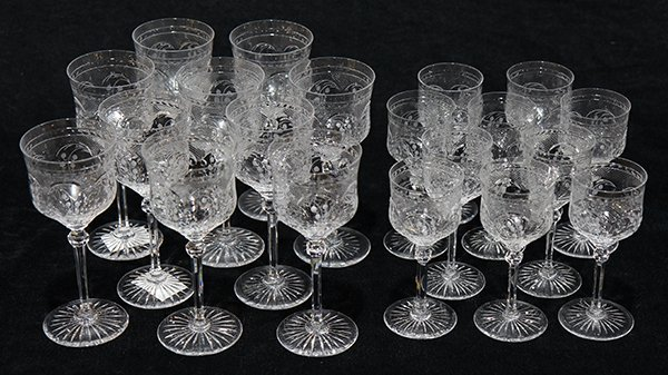 (lot of 20) Stemware group