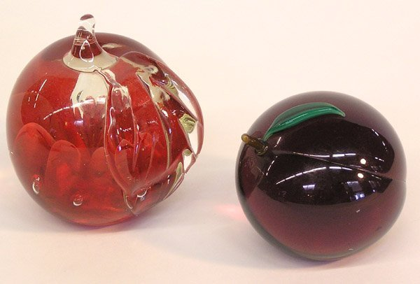 4004: 2 Paperweight Including Orient & Plume
