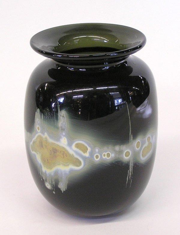 4012: Lutner  Studio glass vase