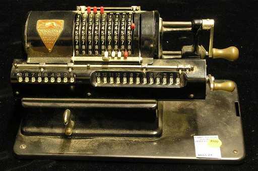 4500 vintage marchant hand crank calculator for Canape calculator