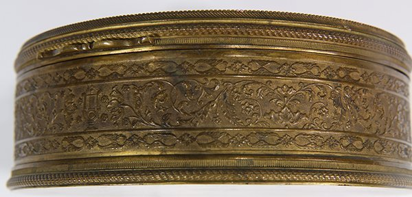 French raised gilt and enamel decorated dresser box - 4