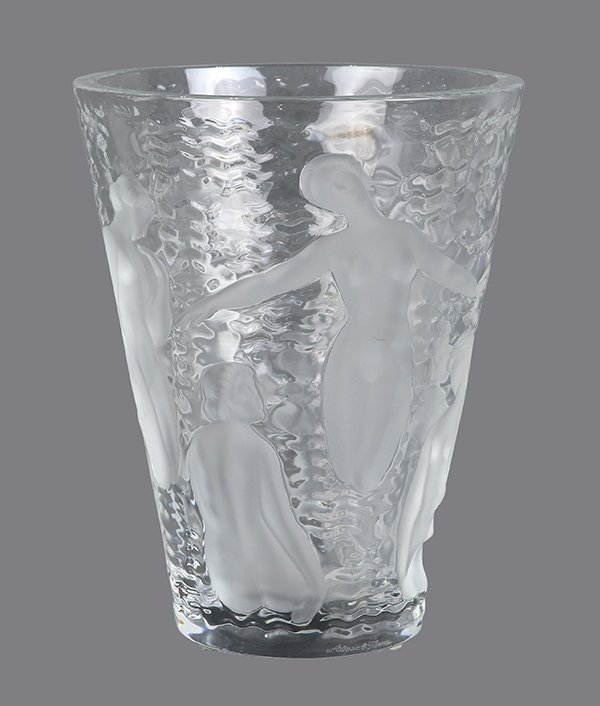French Art Deco Lalique 'Ondines' glass vase - 2