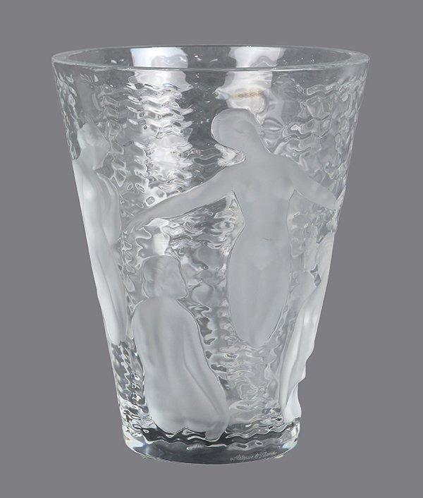 French Art Deco Lalique 'Ondines' glass vase - 2