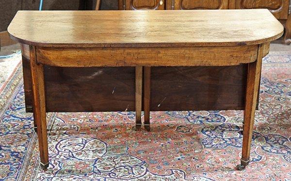 Georgian style walnut dining table 19th century, having - 3