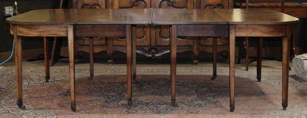 Georgian style walnut dining table 19th century, having - 5