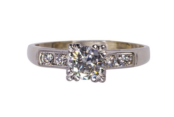 Diamond and 14k white gold ring
