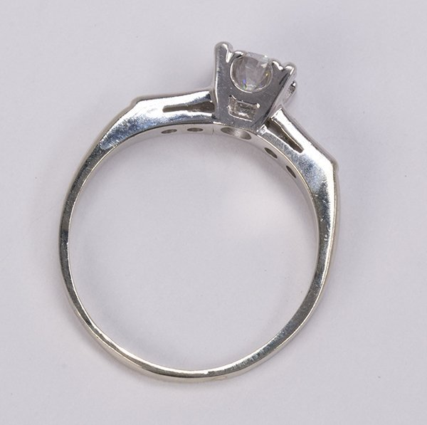 Diamond and 14k white gold ring - 3