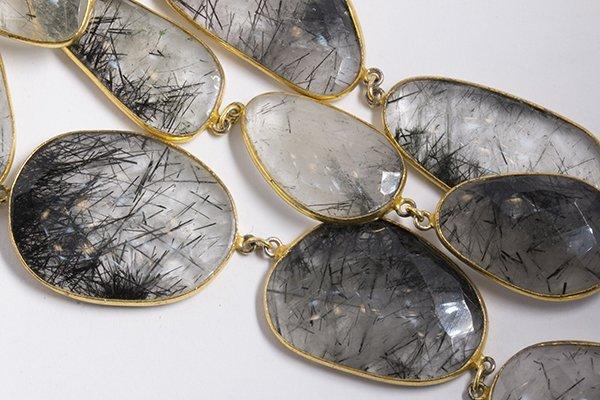 Tourmalinated quartz and silver gilt necklace - 2