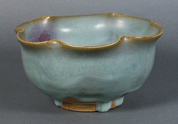 Chinese Jun-type Foliate Rim Bowl - 3