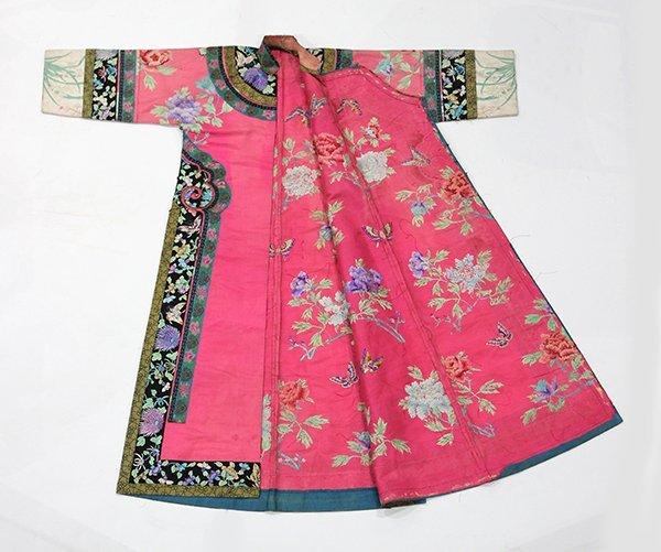 Chinese/Manchu Pink Ground Robe - 2