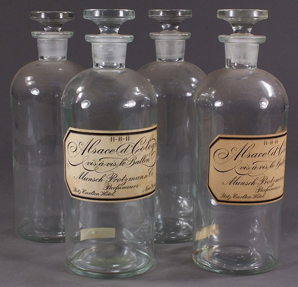 (Lot of 4) Apothecary jar group, having ground