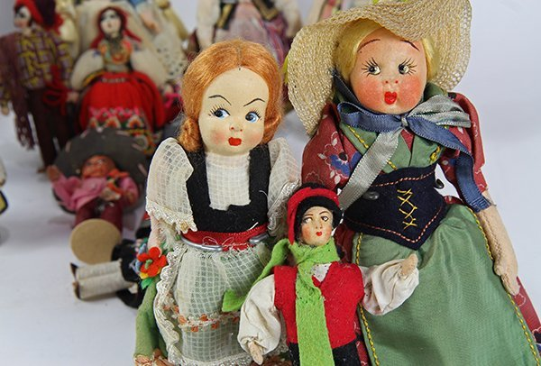 (lot of 17) International doll group including cloth, - 2